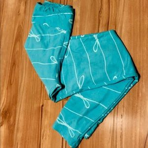 Lularoe OS leggings mint bows *unicorn*